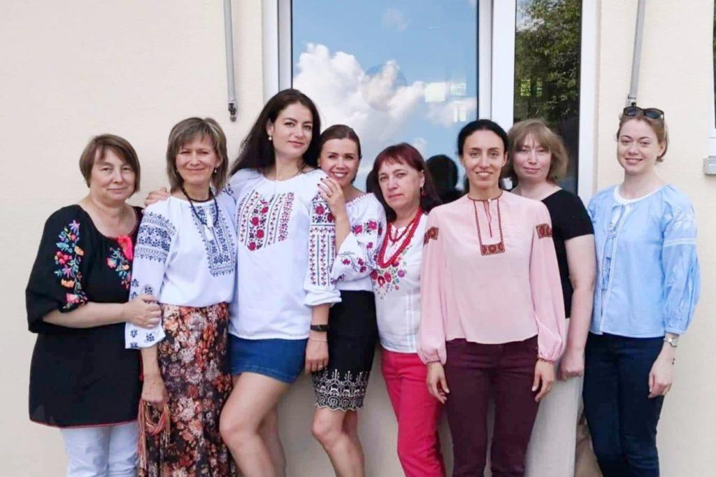 """Ein Fotobericht über ein Perlenstickerei-Seminar des Vereins """"Ukrainer in Karlsruhe"""""""