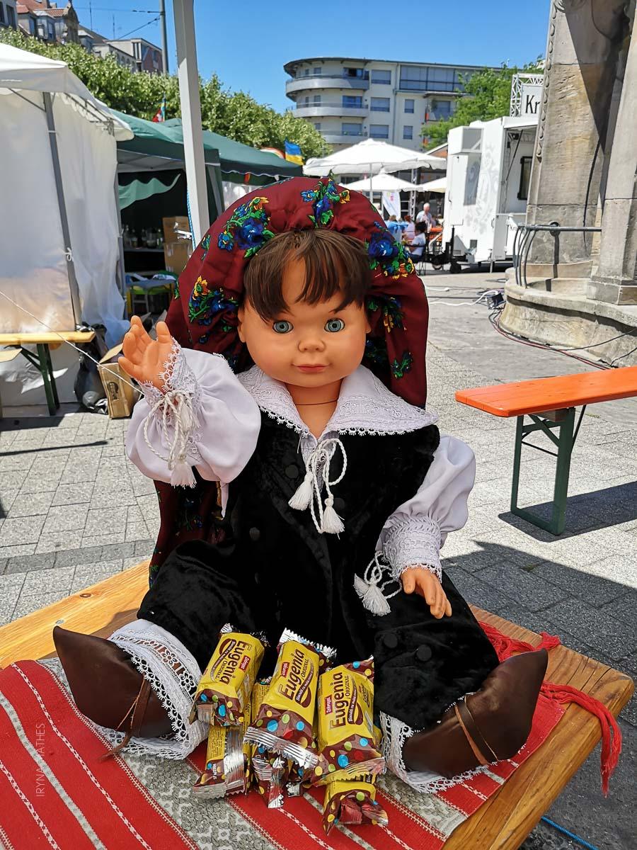 """Mondo Fest 2019, Karlsruhe. Verein """"Ukrainer in Karlsruhe"""" war dabei. Fotoreportage, Rumänische Puppe"""