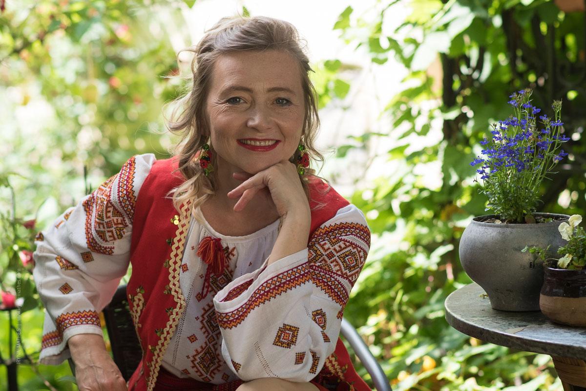 Olena Serpen, Buch Präsentation