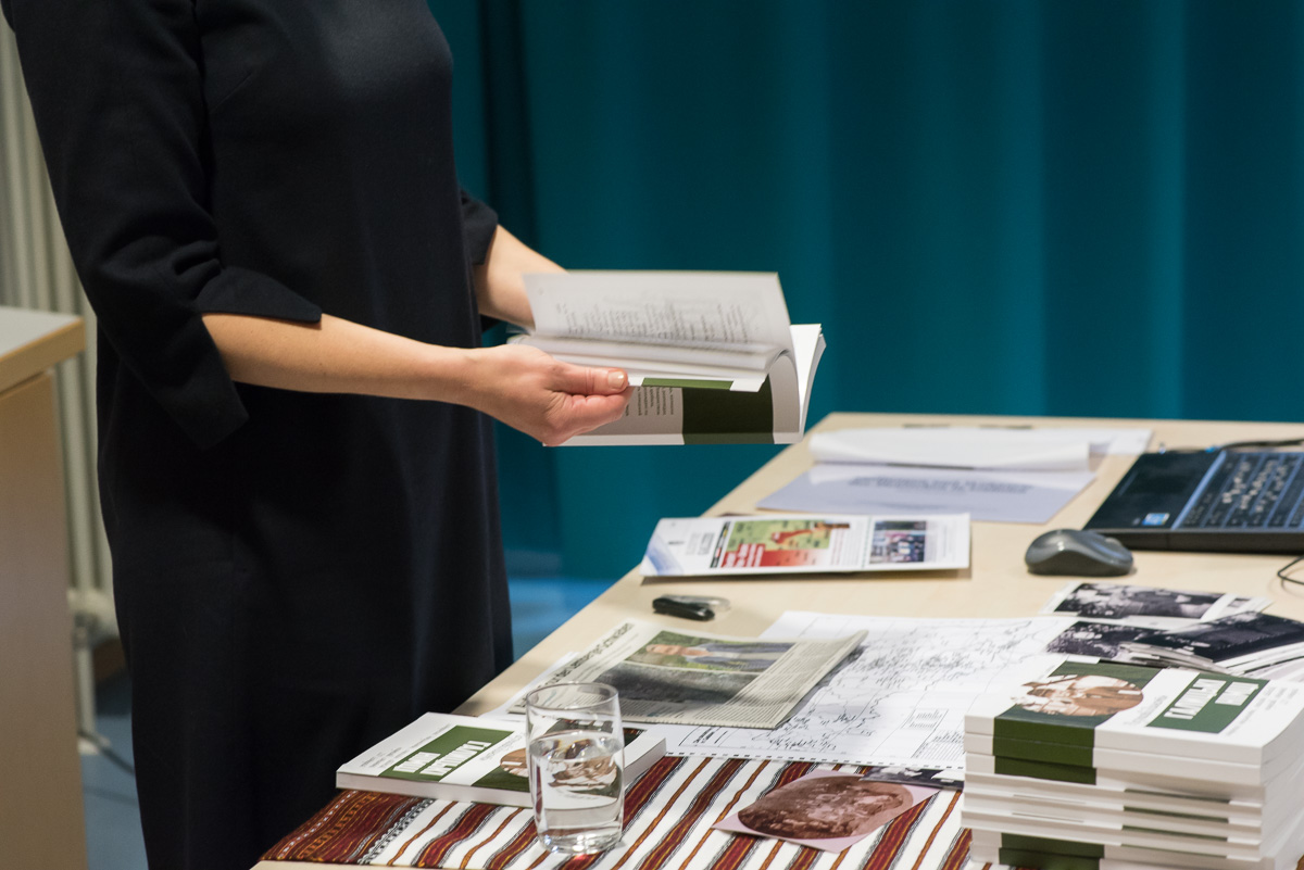 """Buchpräsentation mit Olena Serpen. Verein """"Ukrainer in Karlsruhe"""". Literaturabend"""""""