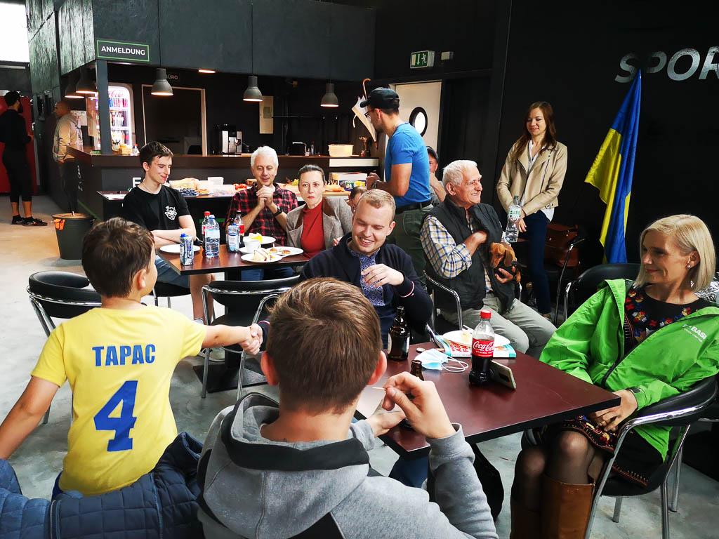 Sportfest zum 30. Jahrestag der Unabhängigkeit der Ukraine. Verein Ukrainer in Karlsruhe
